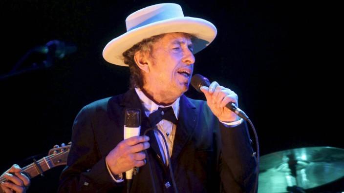 Dylan überrascht mit Kennedy-Lied