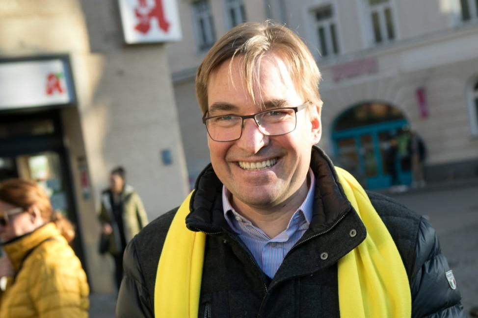 Jörg Hoffmann im Kommunalwahlkampf in München, 2020