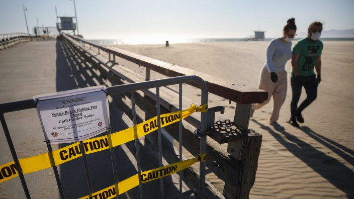 Los Angeles County Closes All Beaches To Stem Spread Of Coronavirus