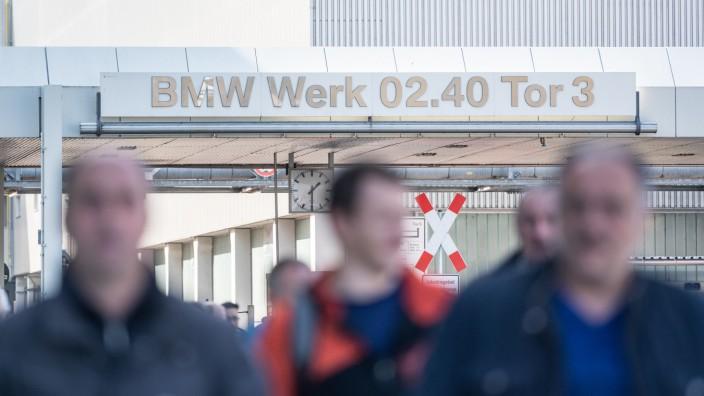Coronavirus - Fast 20 000 BMW-Mitarbeiter in Kurzarbeit