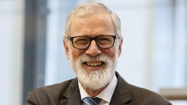 Staatsminister Rainer Robra CDU Sachsen Anhalt Landtagssitzung im Landtag von Sachsen Anhalt mit