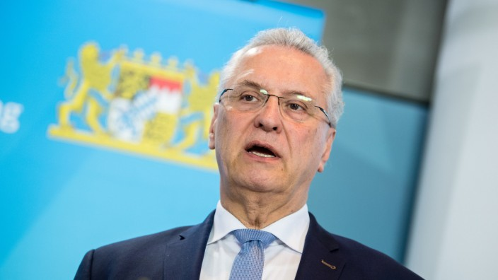 Coronavirus - Pressekonferenz zu Infektionen in Bayern
