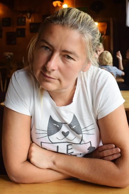 die wegen zu großer Offenheit in der Corona-Krise gefeuerte polnische Hebamme Renata Piżanowska