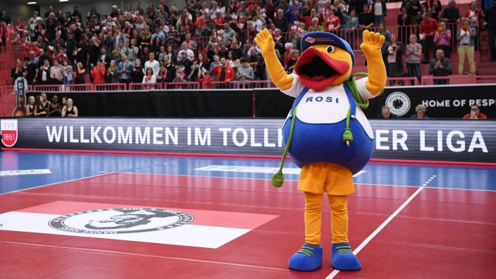 Volleyball 1. Bundesliga Saison 2018/2019 TV Rottenburg - WWK Volleys Herrsching 23.03.2019 Das Maskottchen der Stadtwe