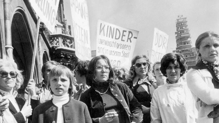 Frauendemonstration gegen Pragraph 218 in München 1975