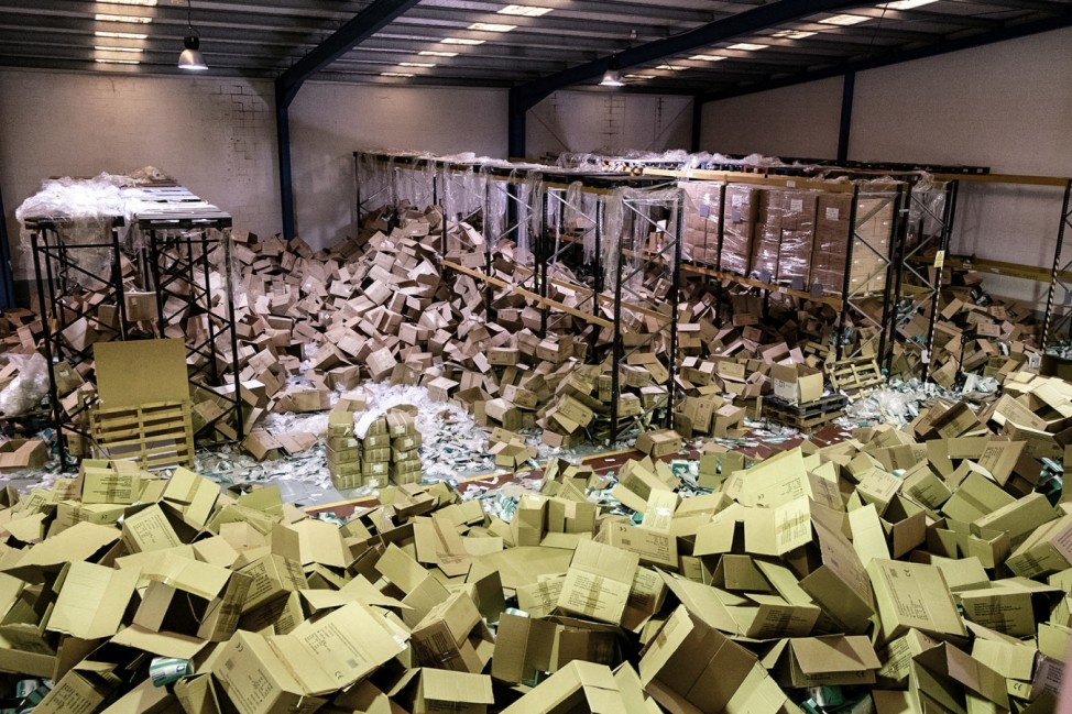 Zwei Millionen Masken aus Lagerhalle gestohlen - Spanien
