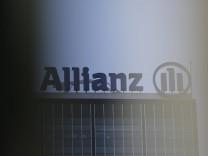 Gebäude der Allianz Berlin Zentrale in berliner Ortsteil Alt-Treptow am 19.09.2018 *** Allianz Berlin headquarters build