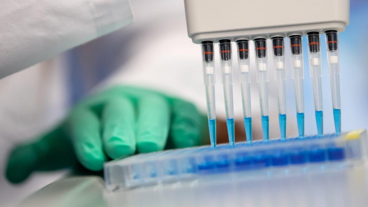 Coronavirus Was bringen die neuen Studien   Gesundheit   SZ.de