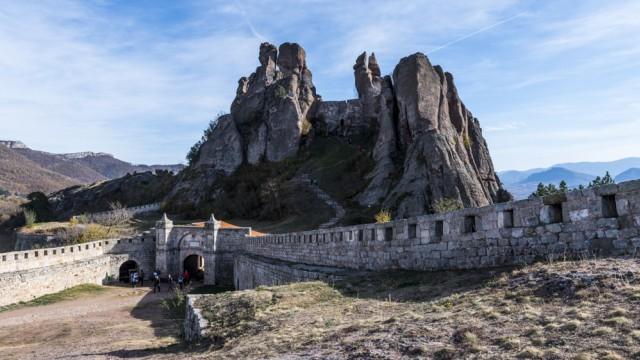 Reisefotograf Michael Runkel: Gebaut in wunderlichsten Formen: die Festung von Belogradtschik (Kaleto), im Nordwesten Bulgariens.