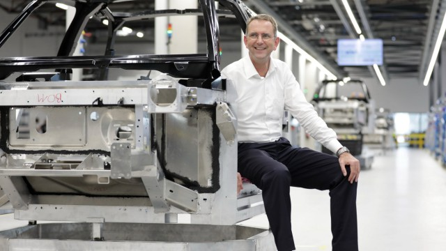 Eröffnung des Produktionsstandortes der e GO Mobile AG am 13 07 2018 in Aachen Hier Professor Günth