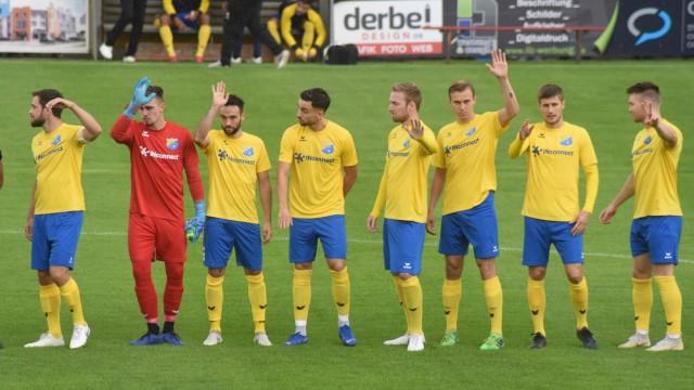 Amateurfußball: Die Spieler haben sich längst verabschiedet, wie beim Bayernliga-Tabellenführer FC Pipinsried. Dort haben sie höhere Kosten und somit größere Probleme. Offen bleibt nicht nur wann die Spieler zurückkehren, sondern auch welche.
