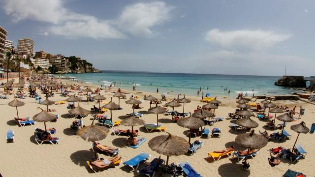 General view of the Cala Major beach in Mallorca