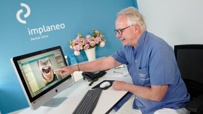 Zahnklinik in München mit Video-Sprechstunde während der Corona-Krise, 2020