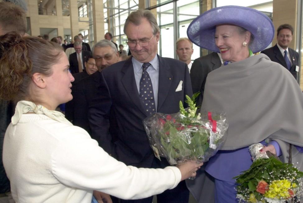 Blumen für Königin Margrethe II. Über Bildfunk bezogen