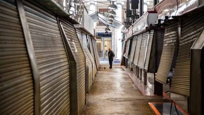 March 20, 2020, Barcelona, BARCELONA, SPAIN: La Boqueria food market partially closed during the lockdown of the popula