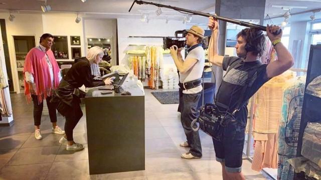 Einzelhandel in der Corona-Krise: Das Fernsehen dreht einen Beitrag - unter anderem bei Ulli Soré.