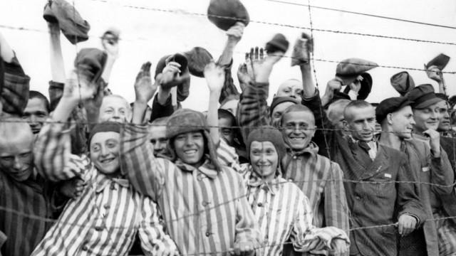 60 Jahre Kriegsende - Konzentrationslager Dachau befreit