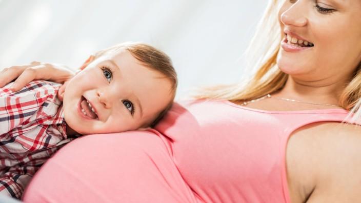 STIKO empfiehlt Schwangeren Impfung gegen Keuchhusten