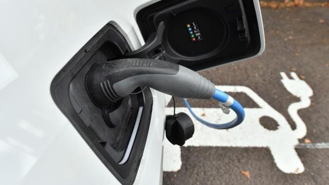 Land will Elektromobilität attraktiver machen