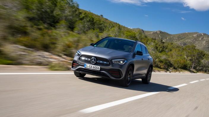 Höher und geräumiger: Neuer Mercedes GLA startet bei 37 271 Euro