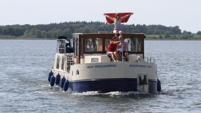 Urlaub in der Corona-Krise: Kein Stress an Bord - oder nur in Ausnahmefällen. Beim ersten Anlegen zum Beispiel.