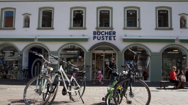 FREISING - Buchhandlung BÜCHER PUSTET, geschlossen wegen Corona / Covid19