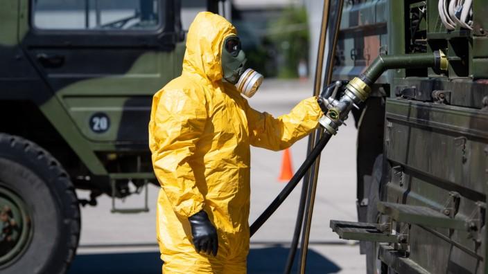 Coronavirus - Bundeswehr stellt Desinfektionsmittel her