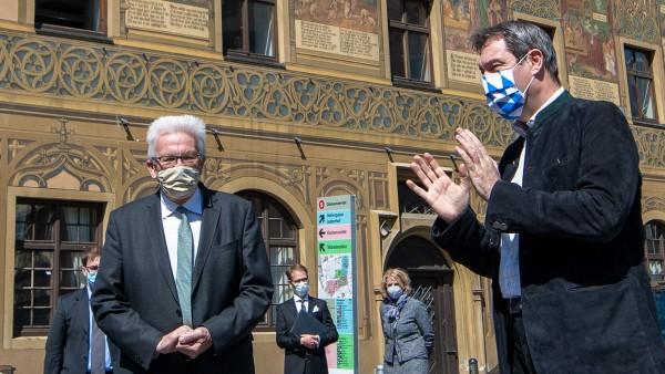 Treffen von Baden-Württembergs Ministerpräsidenten Kretschmann und Bayerns Ministerpräsidenten Söder in Ulm, Coronakrise