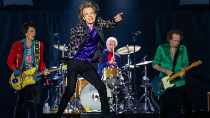 """Neuer Song der """"Rolling Stones"""": Die Rolling Stones, hier ohne Jimmy Page, haben einen neuen Song: """"Scarlet""""."""