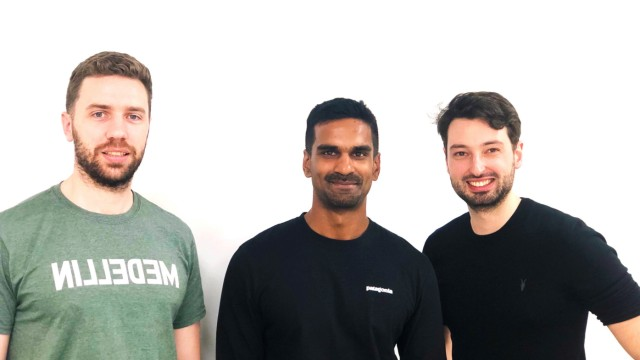 Startup App Crowdless