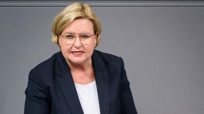 Eva Högl - Sitzung des deutschen Bundestags Deutschland, Berlin - 14.11.2019: Im Bild ist Eva Högl (spd) während der Sitzung des de