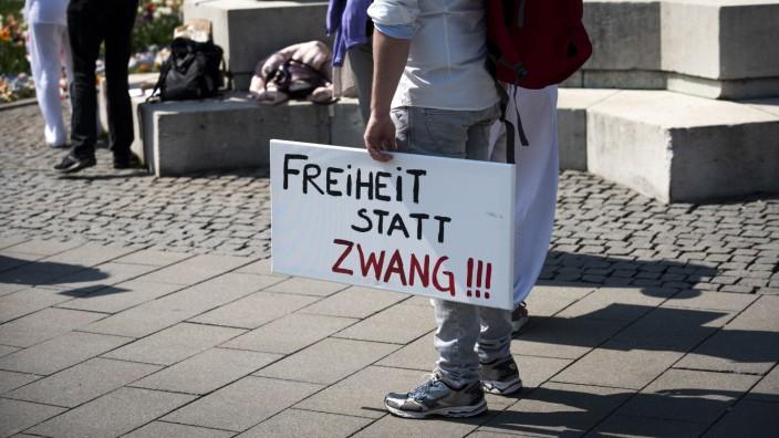 Demonstration in München für Wahrung der Grundrechte in Zeiten der Corona-Krise, 2020