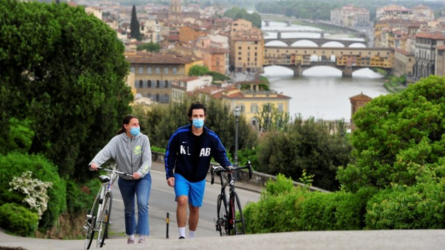 The spread of the coronavirus disease (COVID-19) in Florence