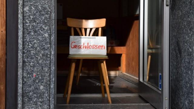 News Bilder des Tages 15.04.2020, xblx, Tag der Entscheidung: kommt es zu Lockerungen?, noch geschlossenes Geschäft, em