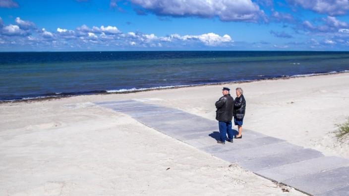 Coronavirus: Leerer Timmendorfer Strand in Zeiten der Corona-Krise