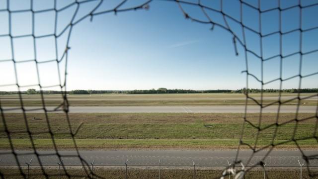 FREISING / Hallbergmoos: Franz-Josef-Strauss-Flughafen, MUC Munich International Airport