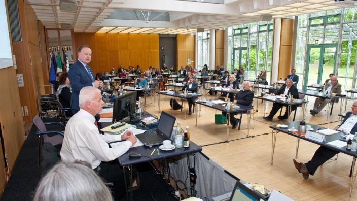 Ebersberg, Kreistag, erste Sitzung, Sparkassensaal