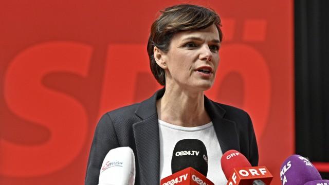 SPÖ-Chefin in Österreich erhält von Mitgliedern großes Vertrauen