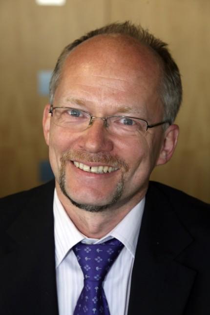 Konstitutierende Sitzung: Stefan Handl (CSU) bekommt 20 Stimmen und bleibt damit Bürgermeister Kolbes Stellvertreter.