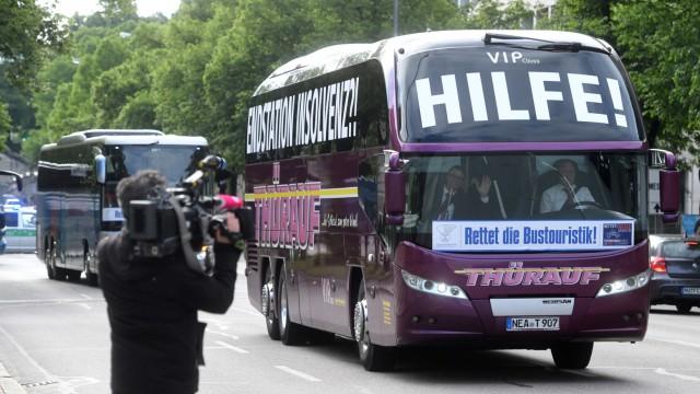 Coronavirus - Busunternehmer demonstrieren