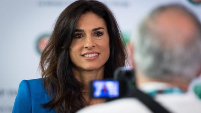 June 4, 2019 - Paris, FRANCE - Gabriela Sabatini talks to the media at the 2019 Roland Garros Grand Slam tennis tournam; Test