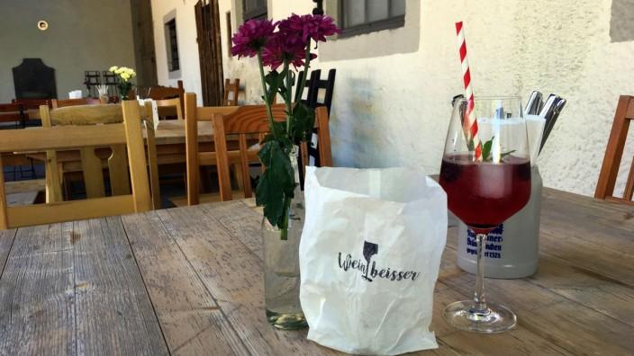 Anzing Weinbeisser Biergarten