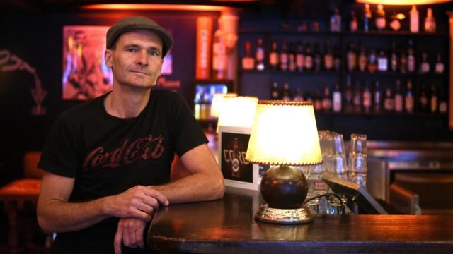 Christian Dengler im Cord Club, der Betreiber will 25 000 Euro an Spenden für das Überleben des Clubs sammeln.
