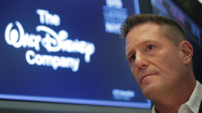 Kevin Mayer Disney Tiktok