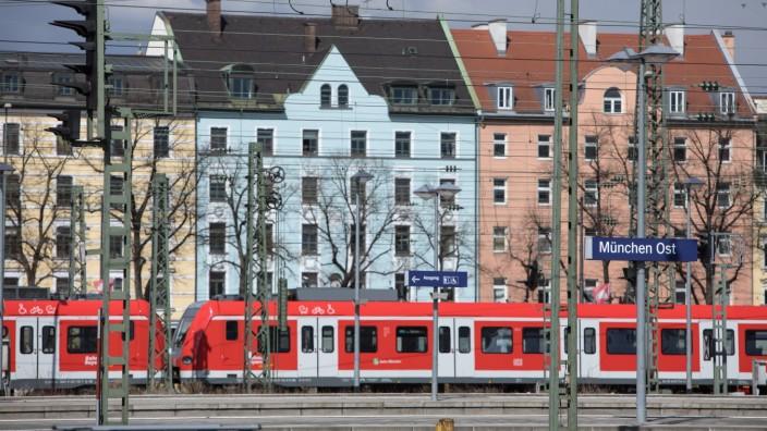 Regionalzug am Ostbahnhof in München, 2020