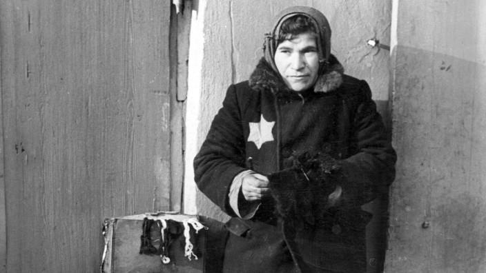 Jüdische Straßenhändlerin im Ghetto von Lublin, 1939