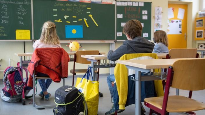 GEW Sachsen zur Öffnung von Kindertageseinrichtungen und Schulen