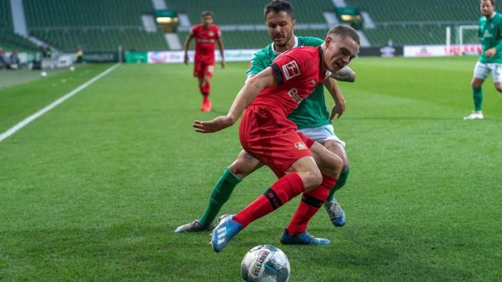 SV Werder Bremen vs Bayer 04 Leverkusen, 18.05.2020 Florian Wirtz (Leverkusen 27), LEONARDO BITTENCOURT (WERDER BREMEN