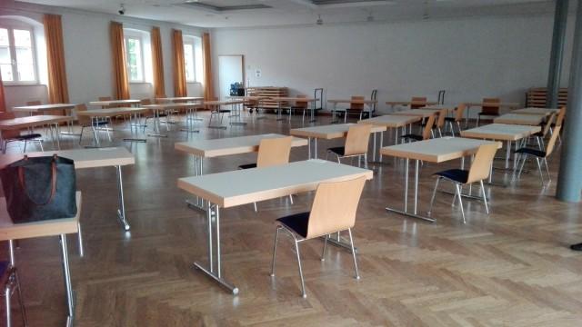 Erwachsenenbildung im Landkreis Ebersberg: Die Kommunen haben den Volkshochschulen bereits Räume angeboten, hier der Unterbräu-Saal in Markt Schwaben.