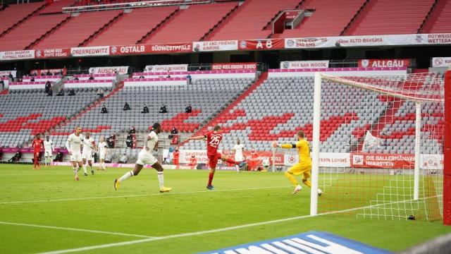 1.Bundesliga FC BAYERN MUENCHEN - EINTRACHT FRANKFURT Muenchen, Deutschland, 23. Mai 2020, Thomas MUELLER, MÜLLER, FCB; Müller